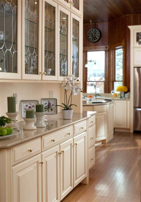 Waypoint White Kitchen Cabinets by Butlers Pantry With Leaded Glass Waypoint Living Spaces
