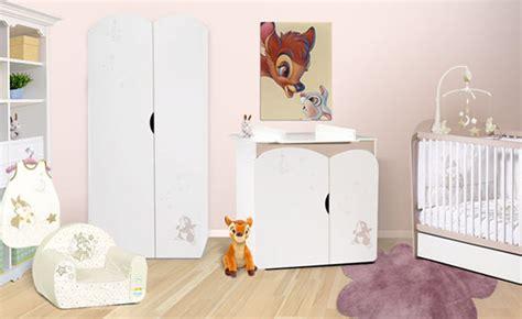 chambre de bébé disney decoration chambre bebe mickey visuel 6