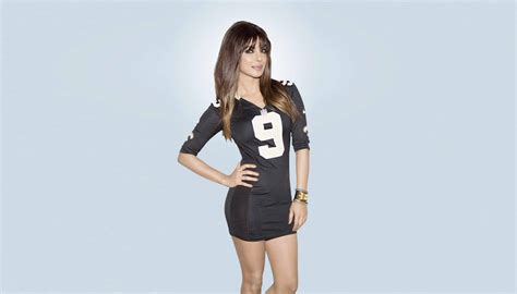priyanka chopra  black shorts wallpapers  backgrounds wallpapers  backgrounds