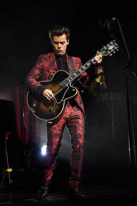 Harry Styles Tour 2017-2018 Outfits - Fashionista