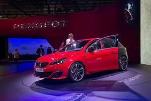 Ecole De Vente Peugeot : peugeot lance la vente en ligne de v hicules neufs en france ~ Gottalentnigeria.com Avis de Voitures
