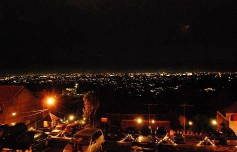 pemandangan kota bandung   valley
