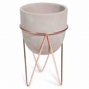 Cache Pot Sur Pied : cache pot sur pied en ciment et fer forg copper maisons ~ Premium-room.com Idées de Décoration