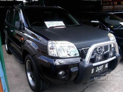 jual mobil nissan x trail 2005 stt 2 5 di dki jakarta automatic suv hitam rp 100 000 000