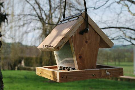 mangeoire a oiseau mangeoire oiseaux fabriquer uw54 jornalagora