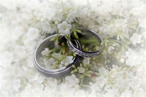 wedding rings homemade quality  quirkiness