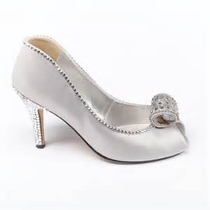 low heel silver wedding shoes princess bridal shoes custom designed shoes