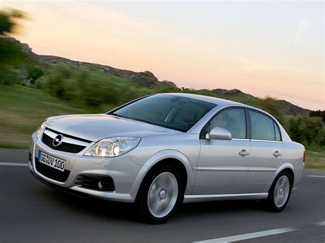 Opel Car by Car Pictures Opel Vectra 2006