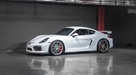 2016 Porsche Cayman Gt4 In Dubai, United Arab Emirates For