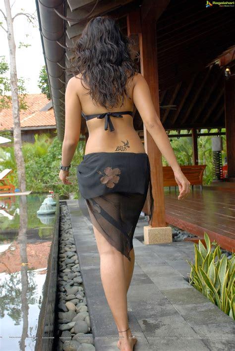 Anushka Billa Bikini Unseen Pics Exclusive Wiral Beauties