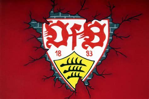 Alle spieler der jeweiligen mannschaften werden mit ihrem alter, der nationalität, der. Graffiti Fassadengestaltung VfB Logo Hausfassade ...