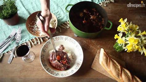 cuisiner un coq au four recette pour faire un coq au vin facile