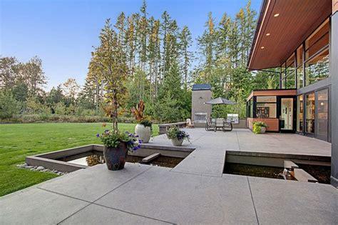 chambre a coucher moderne en bois massif contemporaine et maison familiale à seattle vivons