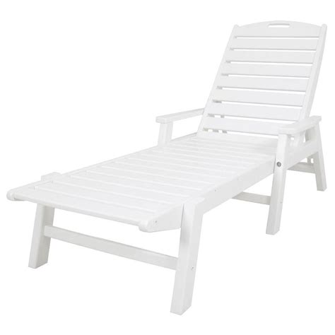 chaise longue pvc blanc white plastic outdoor chaise lounge chairs chairs seating