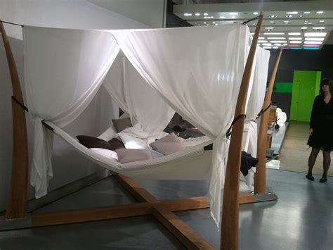 Hammock For Bed by Best 25 Hammock Bed Ideas On Hanging Beds