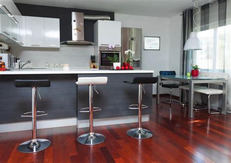 cuisine moderne grise cuisine grise la cuisine tendance en 40 modèles gris
