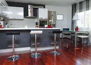 Table De Cuisine Grise : cuisine grise la cuisine tendance en 40 mod les gris clair anthracite ~ Dode.kayakingforconservation.com Idées de Décoration