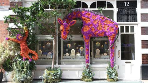rhs chelsea flower show 2018 visitlondon
