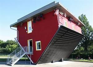 Haus Auf Französisch : ein haus steht kopf foto bild deutschland ~ Lizthompson.info Haus und Dekorationen