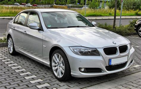 2013 Bmw 3 Series (e90)  Pictures, Information And Specs