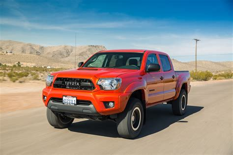 Tacoma is unchanged for 2015, although there is a new tacoma trd pro model available. 2015 Toyota Tacoma Reviews and Rating | Motor Trend