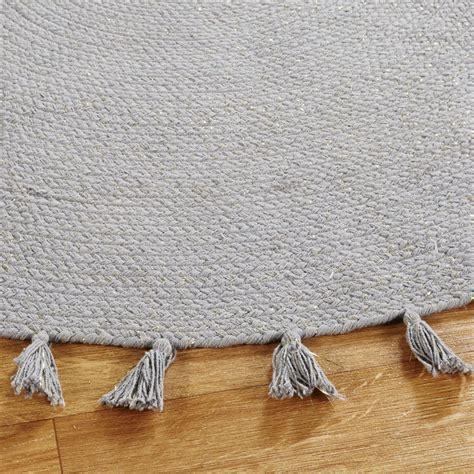 tappeto rotondo grigio tappeto rotondo con pompon in cotone grigio 100 cm