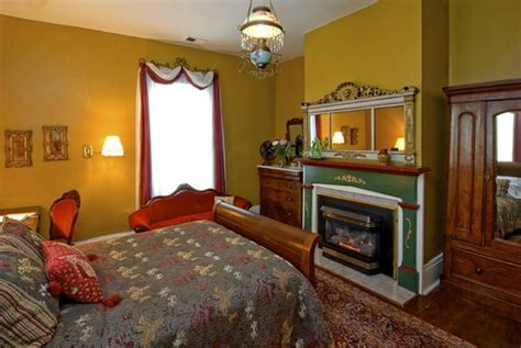 36298 raleigh bed and breakfast oakwood inn bed and breakfast prices b b reviews