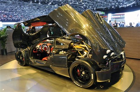 pagani huayra carbon fiber pagani huayra roadster to pack more power less weight