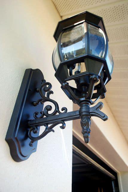 spray painting exterior light fixture works