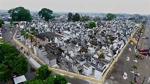 Feriado Difuntos 2016 Cementerio De Quevedo - Ecuador