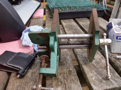vintage p  jaw woodworking vise table mount bench