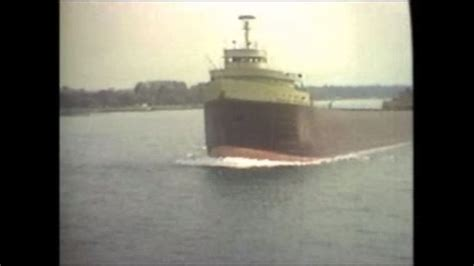 the storm that sank the edmund fitzgerald