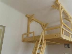 Bett An Der Decke Befestigen : h ngendes hochbett selber bauen holz heimwerken holzverarbeitung ~ Bigdaddyawards.com Haus und Dekorationen