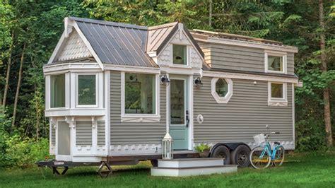 The Heritage Tiny House On Wheels (vintage!)  Tiny House