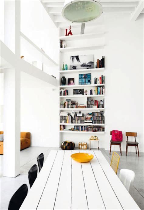 Helles Wohnzimmer mit schönen Farbpalette Wohnideen