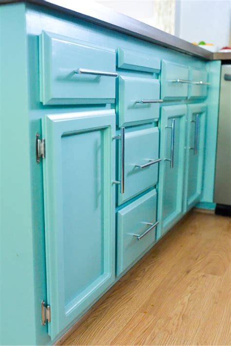 how to prep cabinets for painting 5 mistakes to avoid while painting cabinets hey let s