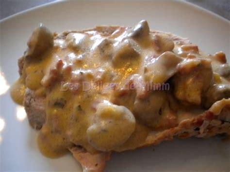 cuisiner le veau en sauce rôti de veau aux lardons et chignons sauce tomatée