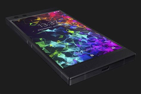 The Razer Phone 2 Has Better Cameras, Water Resistance And