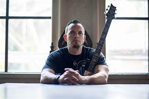 TREMONTI SIGNS WORLDWIDE RECORD DEAL WITH NAPALM RECORDS ...