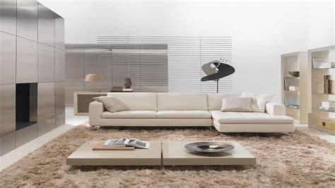 tappeti a pelo lungo come arredare casa con i tappeti moderni hellohome it