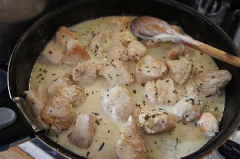 cuisiner un filet de dinde filet de dinde estragon citron creme jour après jour