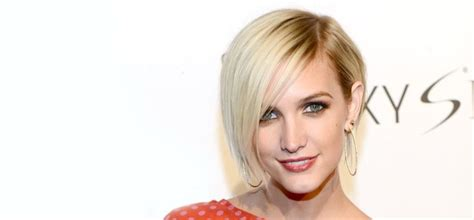 17 Best Ideas About Feathered Bob On Pinterest