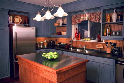 Small Kitchen Makeovers : Pictures, Ideas & Tips From Hgtv