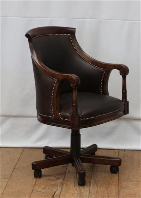 stephens captain s chair with swivel base