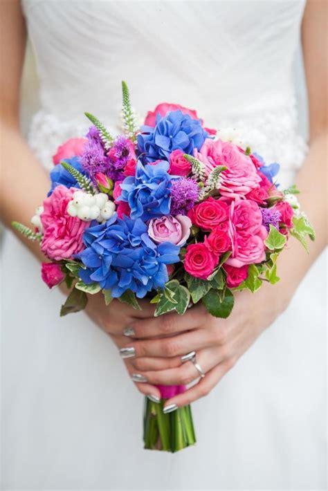 brautstrauss  pink und blau heiraten mit brautde