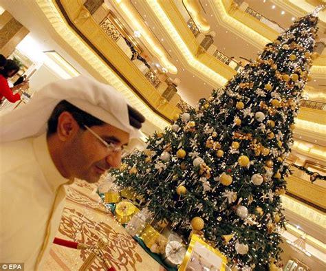11 million christmas tree in abu dhabi uae muslim country