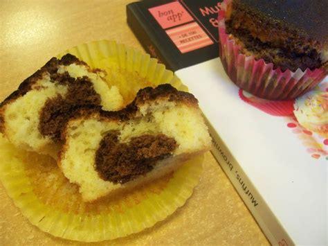 cuisiner au gaz ou à l électricité muffins marbrés aux deux chocolats anneauxfourneaux