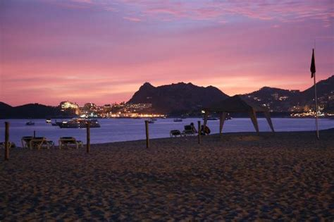 Playing Poker  Picture Of Hotel Riu Palace Cabo San Lucas