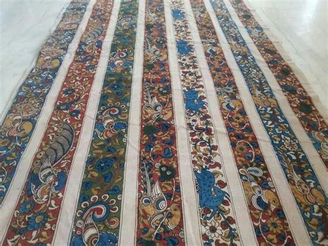 kalamkari borders    appliqued  solid color
