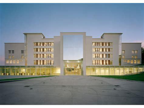 Ecole D'architecture De Clermontferrand  Dominique Lyon